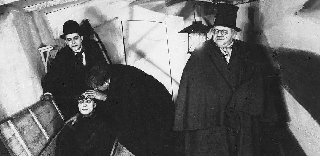 O Gabinete do Dr. Caligari (1920) Direção: Robert Wiene