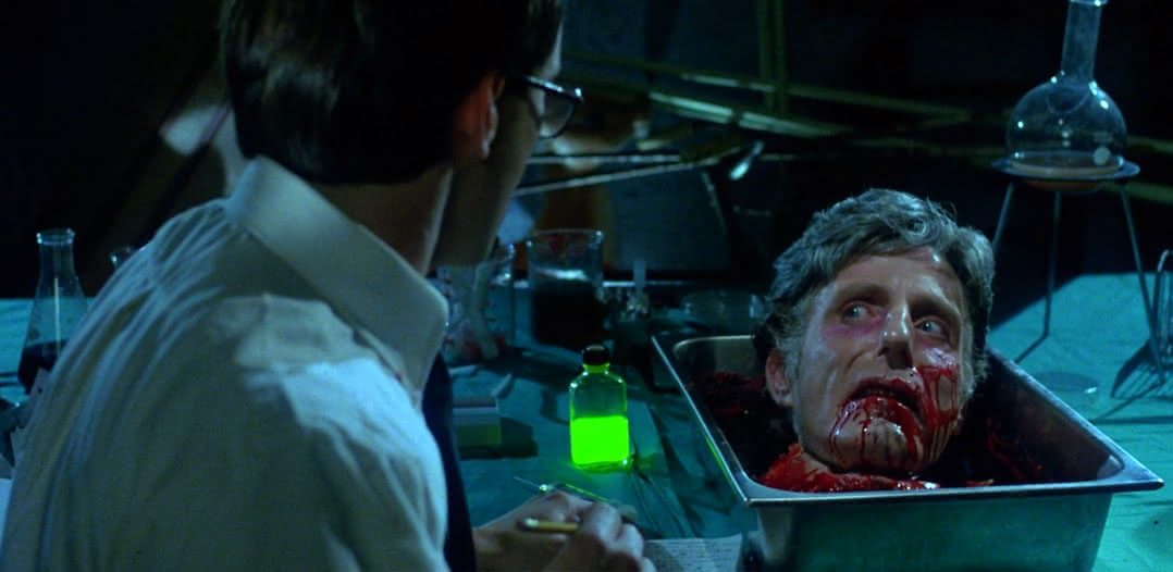 A Hora dos Mortos Vivos - Re-Animator (1985)